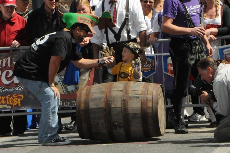 © Oktoberfest Zinzinnati | Beer Barrel Run