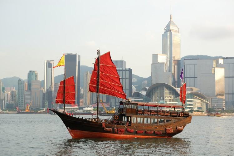 Junk boat in Hong Kong © Leung Cho Pan | Dreamstime