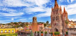 San Miguel de Allende, Mexico © William Perry   Dreamstime