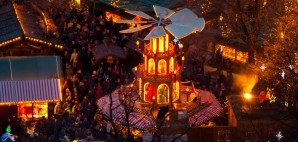 Christkindlmarkt in Munich, Germany © Antonio Gravante | Dreamstime