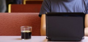 Laptop Coffee Shop © Antonio Guillem | Dreamstime