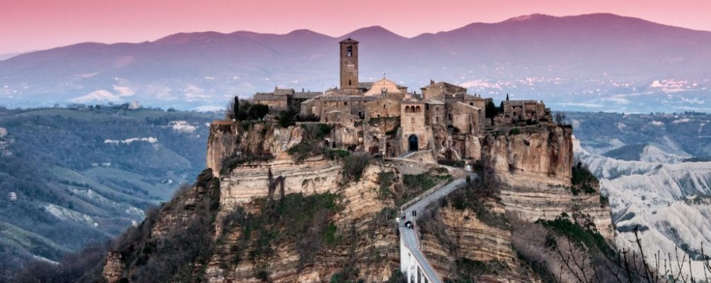 Trazee Travel | The Dying Town of Civita di Bagnoregio, Italy ...