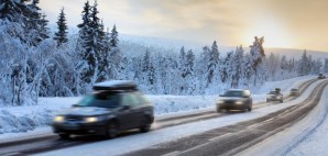 Snow Car © Mikael Damkier | Dreamstime