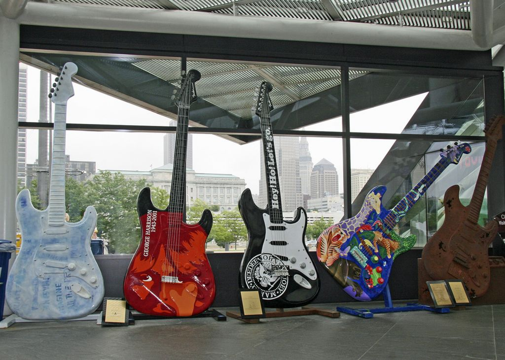 The Rock and Roll Hall of Fame, Cleveland, Ohio © Picturemakersllc | Dreamstime 34142469