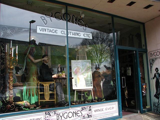 Bygone's Vintage Clothing, Richmond, Virginia © Catherine | Flickr