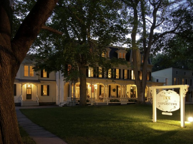 Exterior Inn Hotel Cooperstown, New York 2 © The Inn at Cooperstown | Elizabeth Campbell