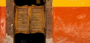 Swinging Tavern Doors, San Miguel de Allende, Mexico © Robert Crum   Dreamstime 7140722