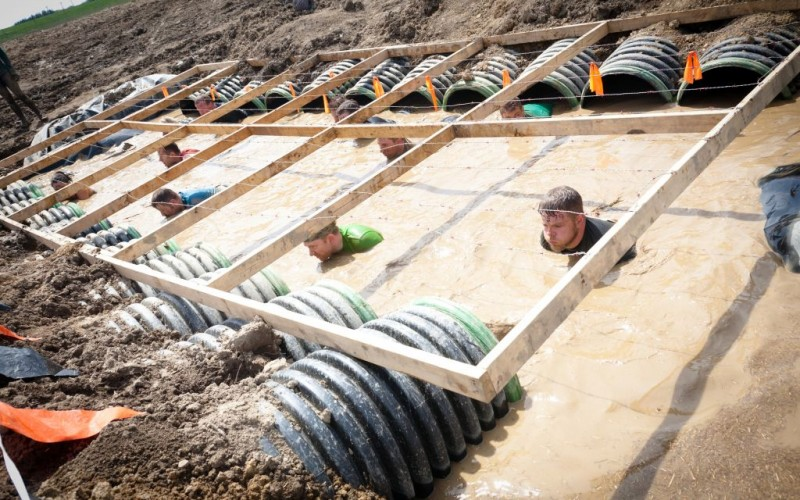 Boa Constrictor Obstacle at Tough Mudder in Mansfield, Ohio © Aviahuisman   Dreamstime 30715735