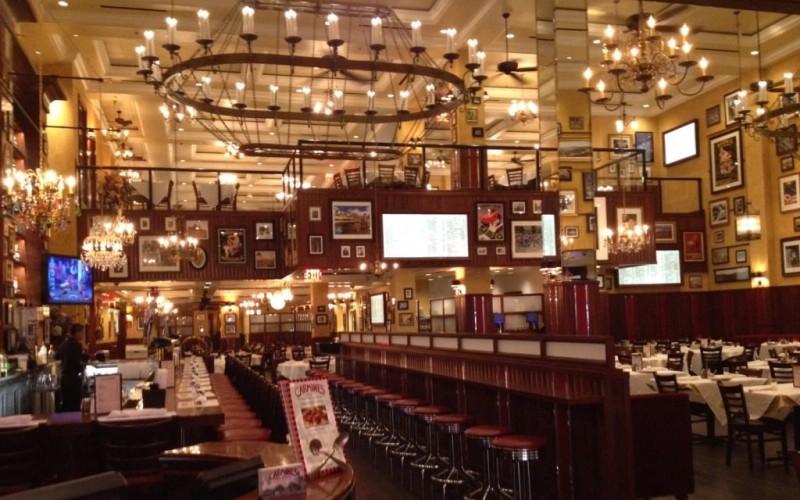 Carmine's at Caesars Palace, Las Vegas, Nevada © Lisa Suender | Flickr