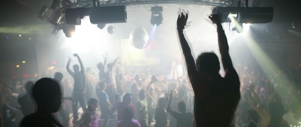 Clubbing nightclub party dj club music dancing dance © Imagesforyou | Dreamstime 364029