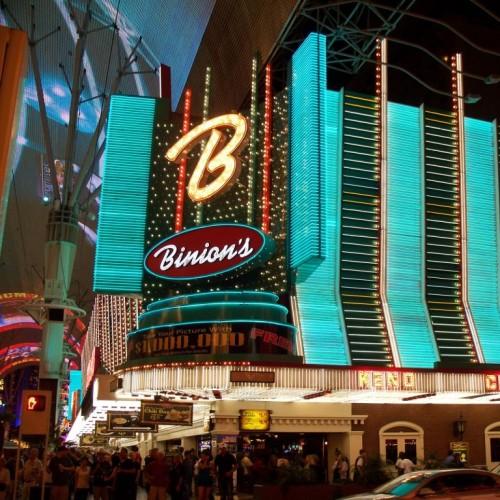 Binion's Horseshoe, Las Vegas, Nevada © Peter Heinermann   Dreamstime 50022016 hotel casino gambling gamble cards slots poker