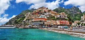 Positano, Italy on the Amalfi Coast © Freesurf69 | Dreamstime 26968677