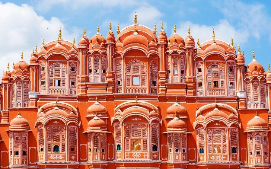 Hawa Mahal, Jaipur, Rajasthan, India © Byelikova | Dreamstime