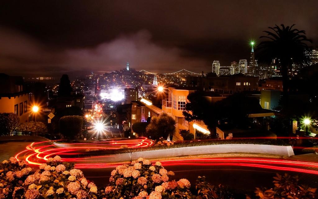 San Francisco from Lombard Street © Dawn Ellner | Flickr