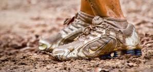 mud race feet shoes dirt runner © Leerobin | Dreamstime 26640884