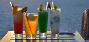 Maldive Cocktails © Ahmed Shuau   Dreamstime 48179445