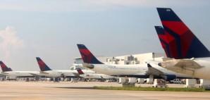 Delta Airlines, Atlanta Hatsfield- Jackson Airport, Georgia © Msteckiw | Dreamstime 41908520