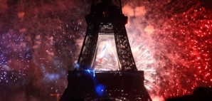 Eiffel Tower on Bastille Day, Paris, France © Rudiuk | Dreamstime