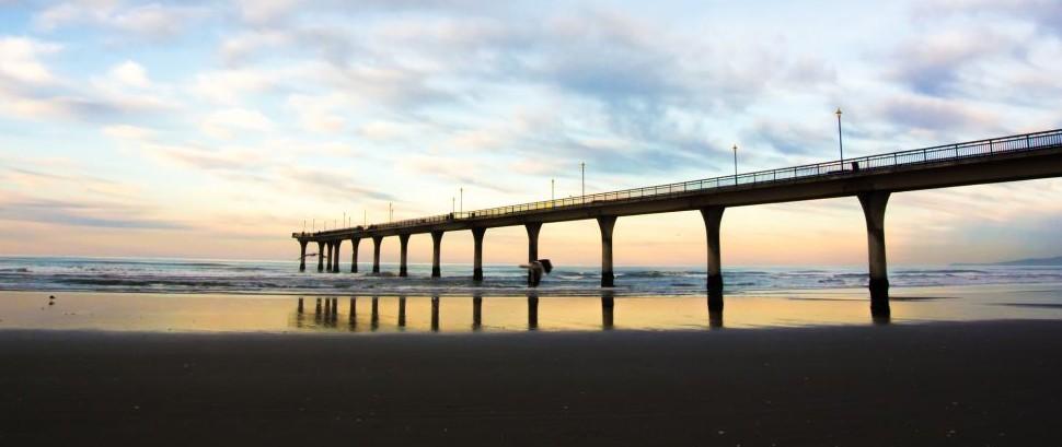 Brighton Pier, Christchurch, New Zealand © Rattapon Wannaphat | Dreamstime 41894608