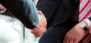 Business Handshake © Arne9001 | Dreamstime 28438753