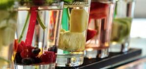 Cocktails © Cmedia18 | Dreamstime 53287713