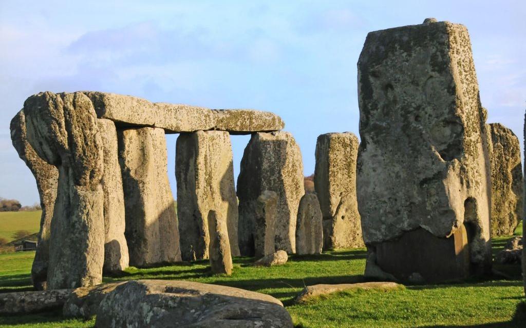 Stonehenge, United Kingdom © Ronald Callaghan   Dreamstime 12038994
