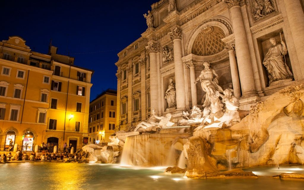 Trevi Fountain, Rome, Italy © Jonghyunkim | Dreamstime 38212461