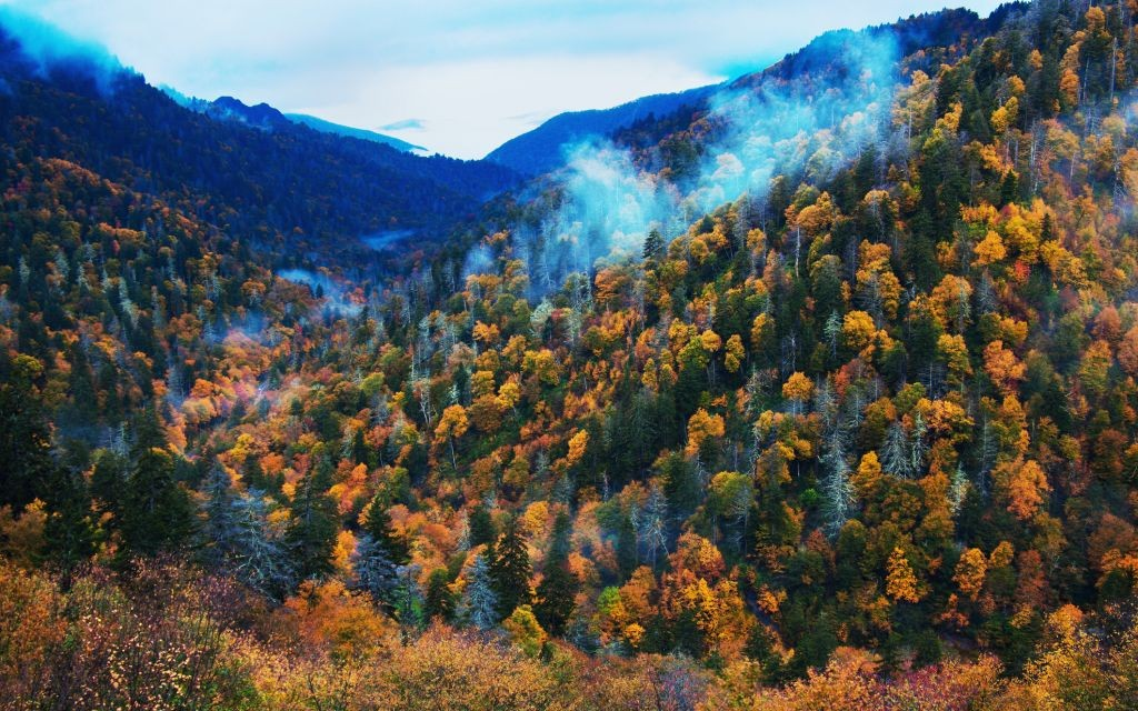 Smoky Mountains © Benkrut | Dreamstime 27987446