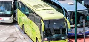 Busses © Artzzz | Dreamstime 57840642