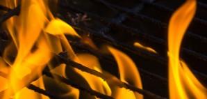 Fire Grill © Thomas Jurkowski | Dreamstime 40417497