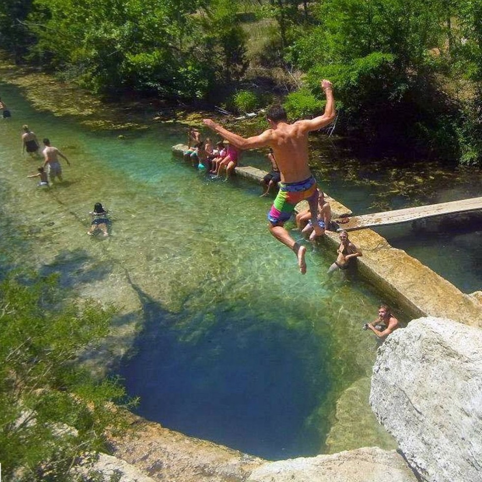Best Attractions In North Texas: Dive Into Jacob's Well At Wimberly, Texas