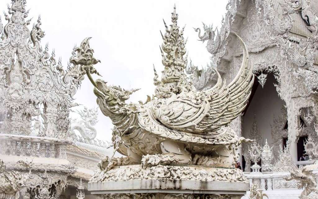 Wat Rong Khun, The White Temple of Thailand © Jukree | Dreamstime 36028547