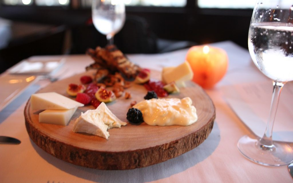 cheese plate IMG_6600 © Veronica An   Cafe del Rey