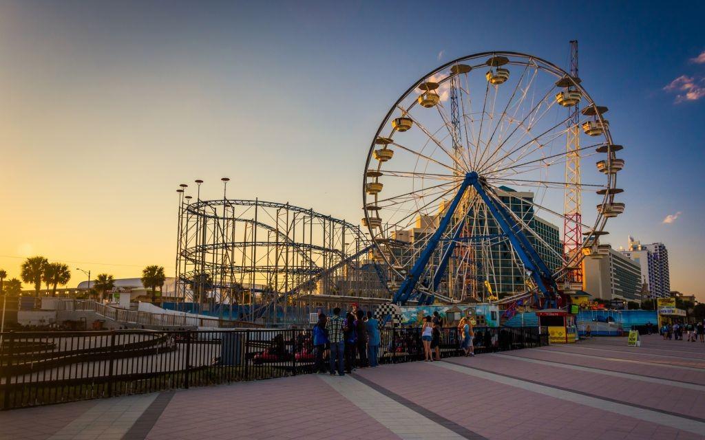 Daytona Beach Boardwalk, Florida © Jon Bilous | Dreamstime 47649705