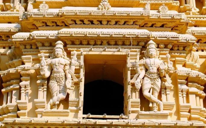Mysore Palace, India © Grzegorz Kielbasa   Dreamstime