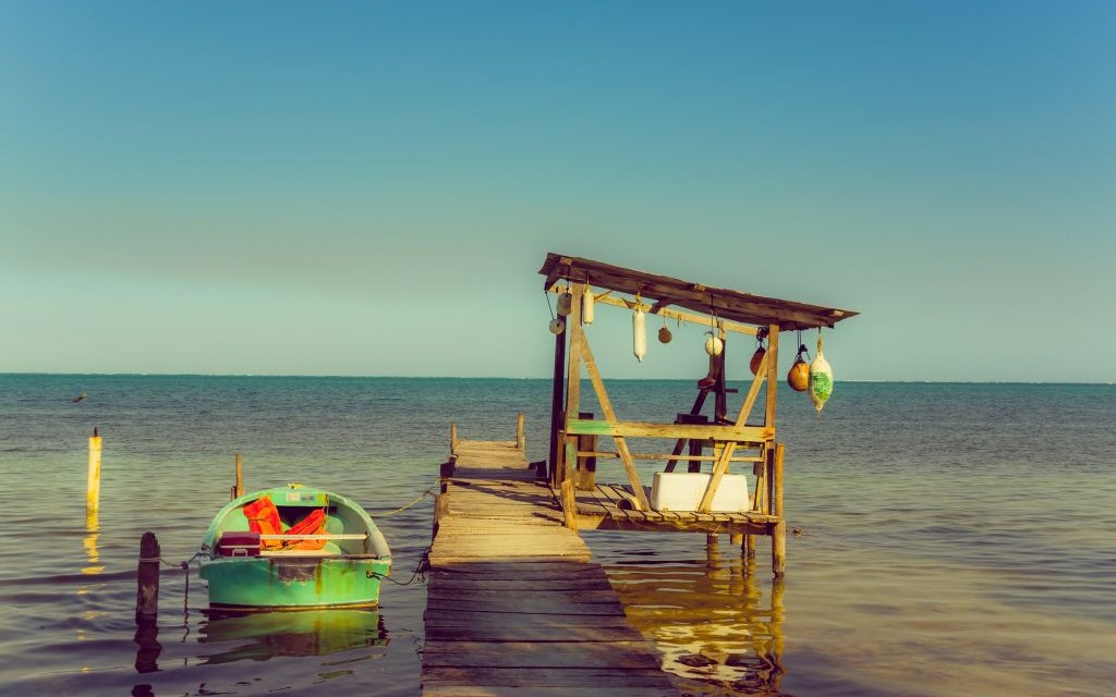 Caye Caulker, Belize © Pablo Hidalgo | Dreamstime 44617110