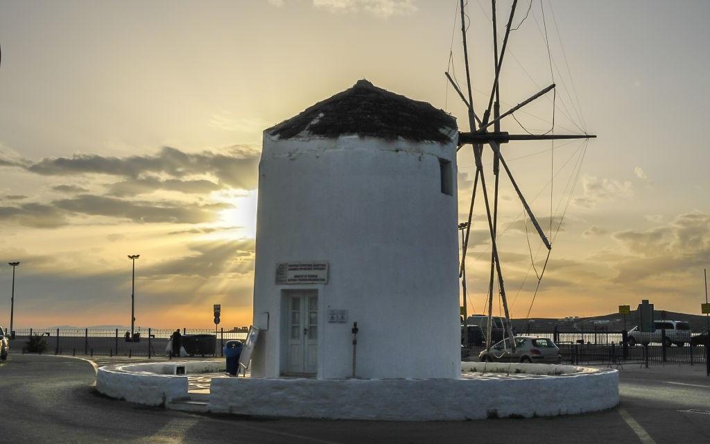 Paros, Greece © Garth Grimmer | Dreamstime 42106672