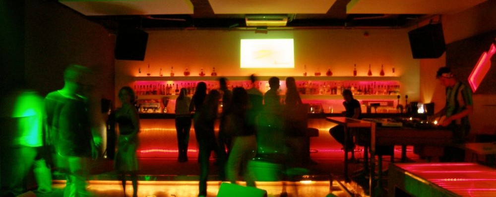 Nightclub DJ © Tõnis Valing | Dreamstime 220893