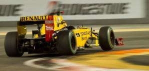 Formula 1 Racecar © Smellme | Dreamstime 18545970
