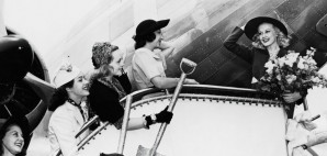 Retro Travel © Everett Collection Inc. | Dreamstime 52012563