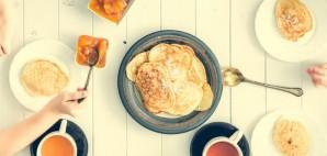 Breakfast © Tatyana Vychegzhanina   Dreamstime 61413217