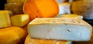 Cheese © Julia Middleton | Dreamstime 59977775