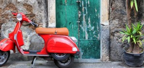 Scooter © 578foot   Dreamstime 14031617