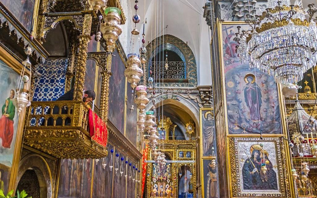 St. James Cathedral, Jerusalem © Evgeniy Fesenko | Dreamstime 68436448