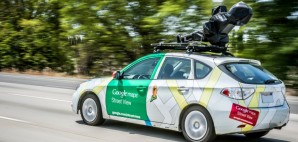 Google Maps Car © Nam Nguyen | Dreamstime 41108408