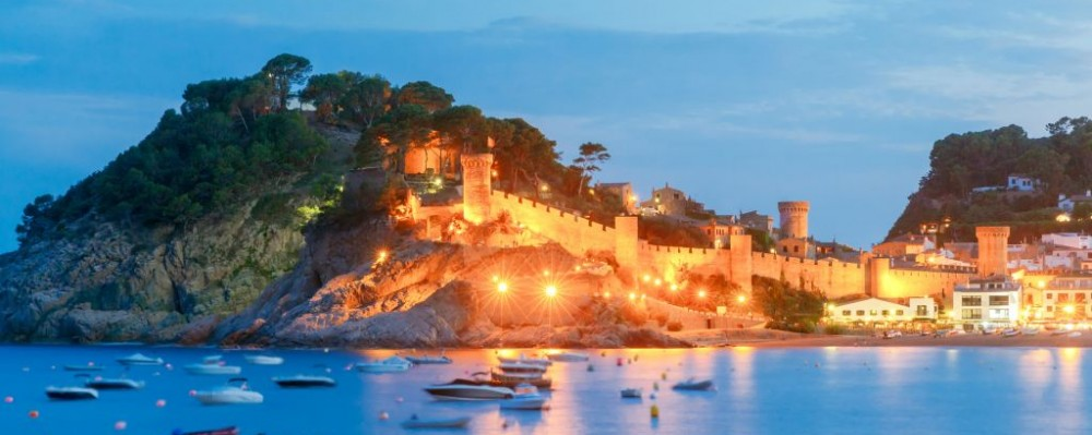 Tossa de mar, Costa Brava, Spain © Pavel Kavalenkau | Dreamstime 73129717