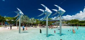 Cairns, Australia © Martin Valigursky | Dreamstime 71438990