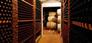 Wine Cellar © Petros Tsonis | Dreamstime 3925540