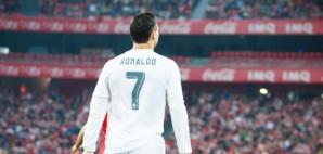 Cristiano Ronaldo Soccer © Carlos Aragon | Dreamstime 69926473