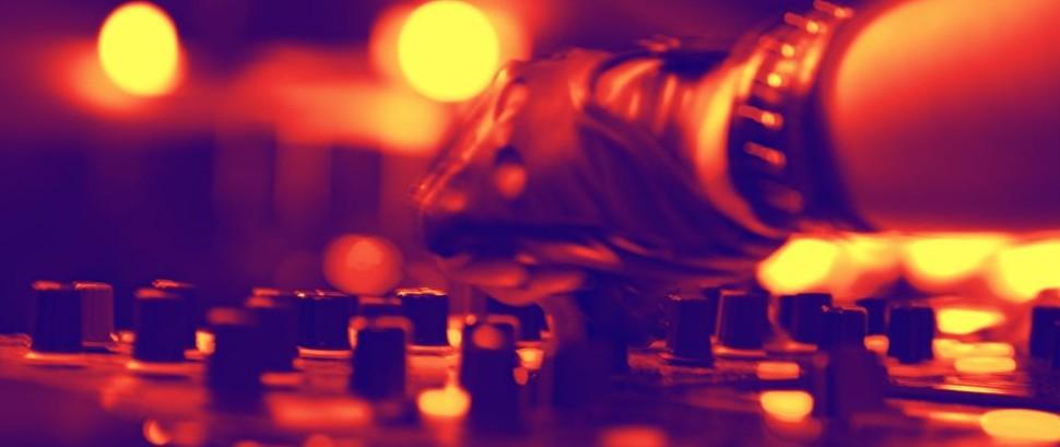 DJ © Sad444 | Dreamstime 29258782